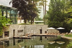 th_waldhaus-flims_spa_swimmingpond.jpg